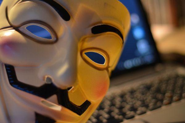 Onlinebetrug und Erpressung. Jeden kann es erwischen. Foto:© glawo / pixelio.de / TRD Digital und Technik
