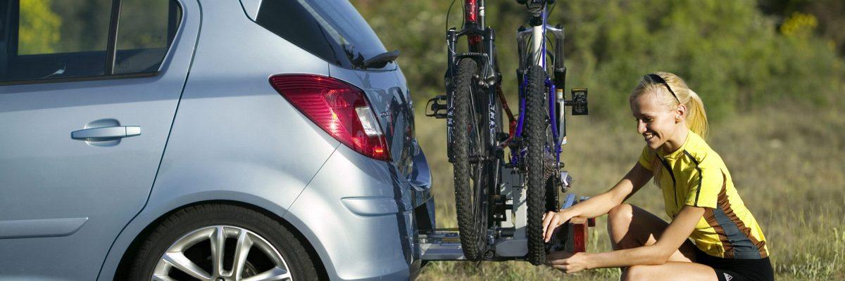 Fahrradtransport mit dem Auto.