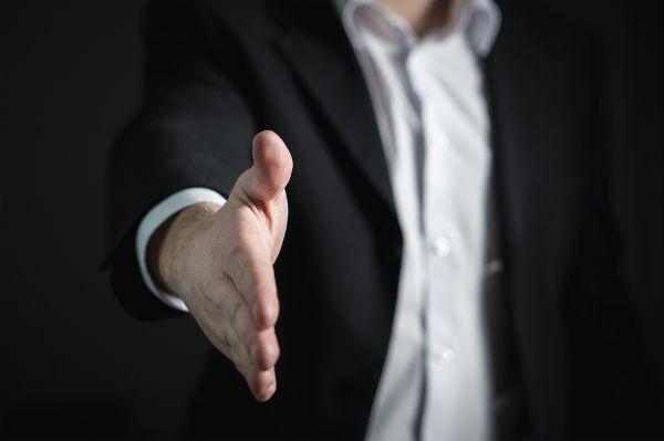 Geschäftliche Angelegenheiten sollten stets verbindlich und schriftlich festgehalten werden. © TeroVesalainen / Pixabay.com / CC0 /TRD Blog News Portal
