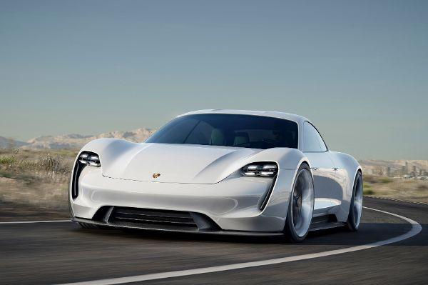 © Porsche/trd mobil *