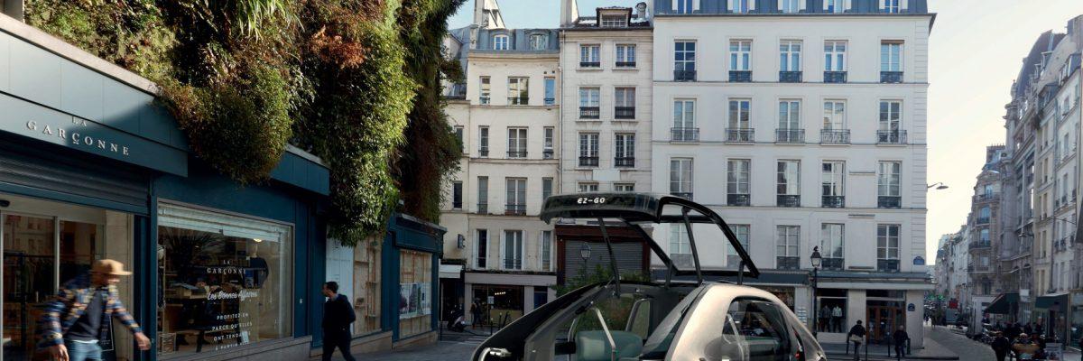Eine weit öffnende Tür an der Stirnseite und eine Rampe erleichtern den Zugang zum Zukunfts-Taxi. © Renault /TRDmobil