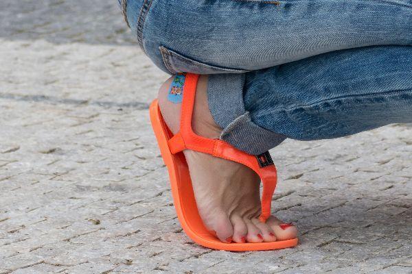 Volkskrankheit: Etwa 25 Millionen Deutsche leiden an Fußpilz. © Jean Jannon / pixelio. / TRD Gesundheit