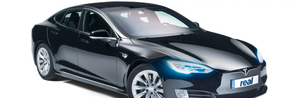 Dieser Tesla Model S war der Hauptpreis einer Gewinnaktion. © real,- SB-Warenhaus GmbH/TRDmobil