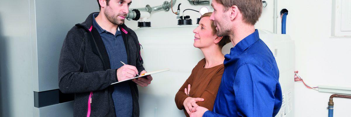 Überaus effizient arbeiten moderne Brennwertheizungen. Im Vergleich mit anderen Heizsystemen sind sie eine kostengünstige Modernisierungsmaßnahme Fotos: IWO/TRD Bauen und Wohnen