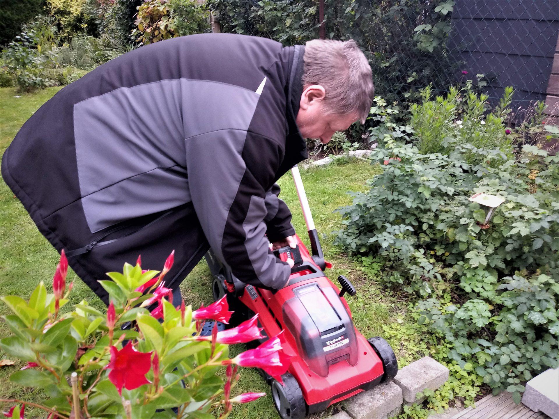 Ob Rasenpflege oder Laub fegen. Im Garten ist immer viel zu tun.